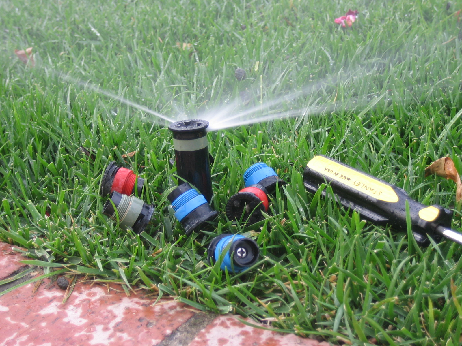 Sprinkler System Repair Service : Sprinkler system maintenance irrigation